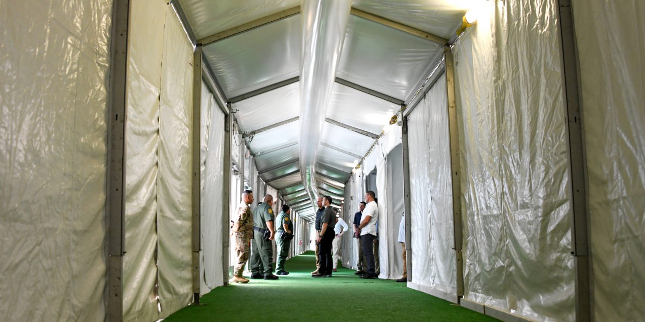 Tent Immigration Courthouses Are Being Built at the Texas Border